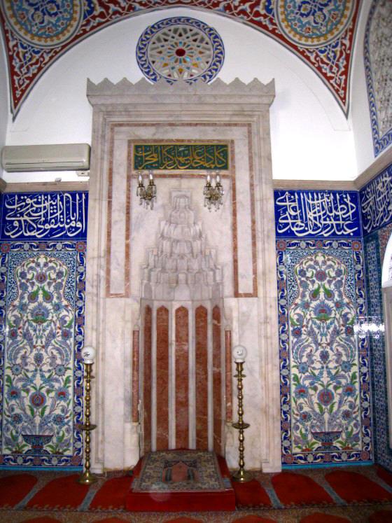 صور المحراب لمساجد مشهورة Kara_mustafa_pascha_moschee_bildergalerie04
